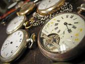 старые часы — Стоковое фото