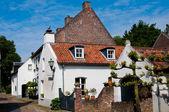 Old white houses in Thorn Netherlands — Stock fotografie