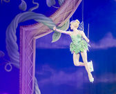 Tinker Bell waving to crowd — Stock Photo