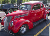 1937 ford club coupe rosso — Foto Stock