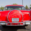 Two Door 57 Chevy Red Back View - 图库照片