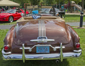 1951 Pontiac Chieftain rear view — Stock Photo