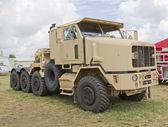Camion dell'esercito di oshkosh — Foto Stock