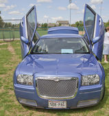 Chrysler 300 car with butterfly doors — Stock Photo
