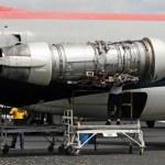 Jet engine repair — Stock Photo #11632654