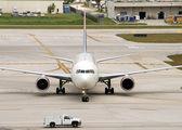 Yolcu uçağı yere — Stok fotoğraf