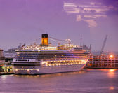 Cruise Ship At Night — Stock Photo