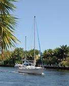 Weekend sailboating — Stock Photo