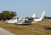 Eski terk edilmiş uçaklar — Stok fotoğraf