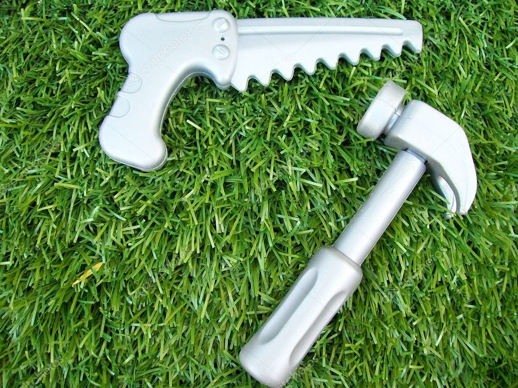 Hammer and saw — Stock Photo #11669144