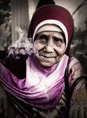 Donne anziane che fumano — Foto Stock
