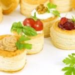 Tartlets filled, vol-au vent — Stock Photo