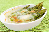 Asparagus gratin — Stock Photo