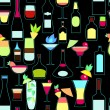 Alcoholic cocktails and bottles seamless pattern, vector — Stock Vector