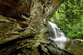 Hidden forest waterfall — Stock Photo