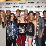 L-R) Singers Shannon Magrane, Jeremy Rosado, Skylar Laine, Erik — Stock Photo #11674657