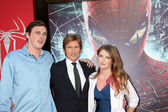 Denis Leary and children — Stock Photo