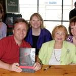 Back Row: Toni Veltri, Debby O'Connor, Kathie Gunn Second Row: Michael Maloney, Lee Phillip Bell — Stock Photo