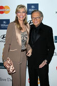 Larry King and wife — Stock Photo