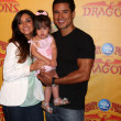 Courtney Mazza, Mario Lopez and their daughter — Stock Photo