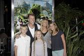 James Hetfield and family — Stock Photo