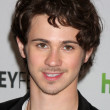 ������, ������: Connor Paolo
