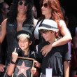 Foto Stock: Slash, wife Perland two sons
