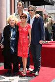 Doris Roberts, Patricaia Heaton, Brad Garrett, Ray Romano — Stock Photo