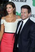 Rhea Durham , Mark Wahlberg — Stock Photo