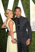 Kelly Ripa and Mark Consuelos — Stock Photo