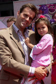 Cameron Mathison & Daughter — Stock Photo