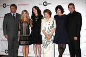 Hugh Bonneville, Joanne Froggatt, Michelle Dockery, Shirley MacLaine, Elizabeth McGovern, Brendan Coyle — Stock Photo