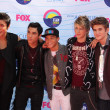 IM5 arriving at the 2012 Teen Choice Awards — Stock Photo
