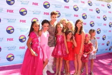 Dance Moms Cast with Justin Bieber