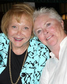 Lee Bell, Susan Flannery — Stock Photo