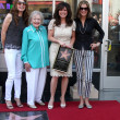 Jane Leeves, Betty White, Valerie Bertinelli, Wendie Malick — Stock Photo
