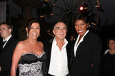 Linell, Robert Shapiro and Natalie Cole attends The Brent Shapiro Foundation For Alcohol and Drug Awareness Summer Spectacular 2010 Event — Stock Photo