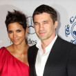 Halle Berry, Olivier Martinez — Stock Photo #12513652