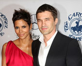 Halle Berry, Olivier Martinez — Stock Photo