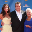 Eric Stonestreet, girlfriend and mom — Stockfoto