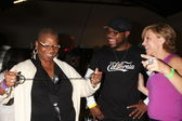 Malcolm-Jamal Warner, Mom and Forbes Riley — Stock Photo