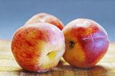 персики — Стоковое фото