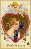 Um cartão de valentine vintage com Cupido voando sobre uma mulher com um fã de pena — Fotografia Stock