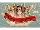 Vintage paskalya kartpostal bir afiş tutarak üç melekler — Stok fotoğraf