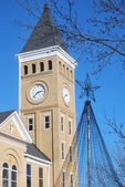 Saline County Arkansas Courthouse Clocktower at Christmas — Stock Photo