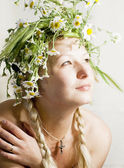 Woman with wreath — Stock Photo