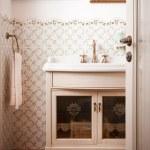 Vintage Bathroom — Stock Photo