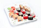 Sushi en la placa blanca — Foto de Stock