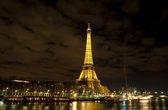 Ceremonial lighting of the Eiffel tower — Stock fotografie