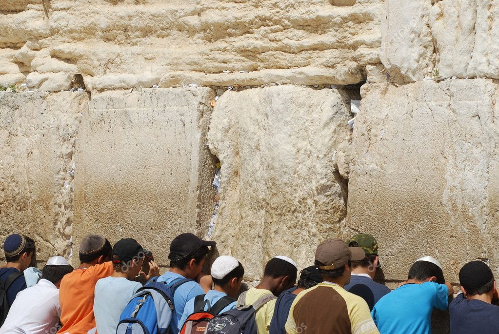 Praying at Western wall, Jerusalem  — Stock Photo #11937794